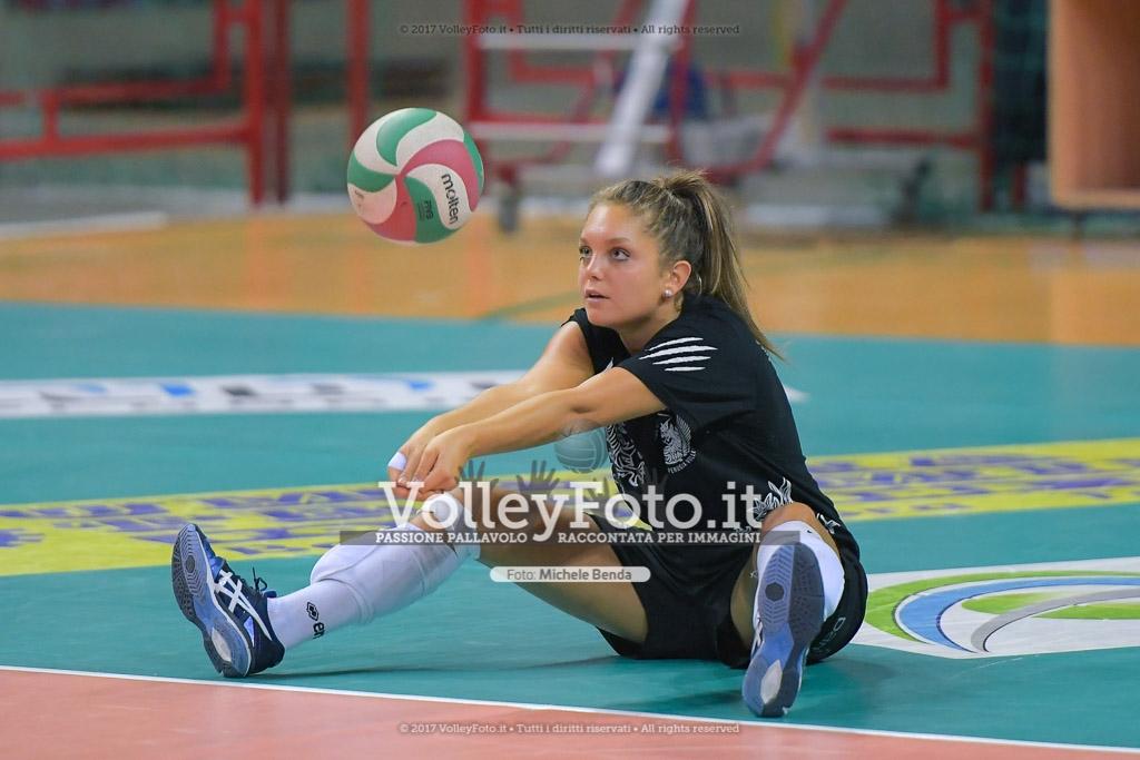 Carolina SANTIBACCI [13]