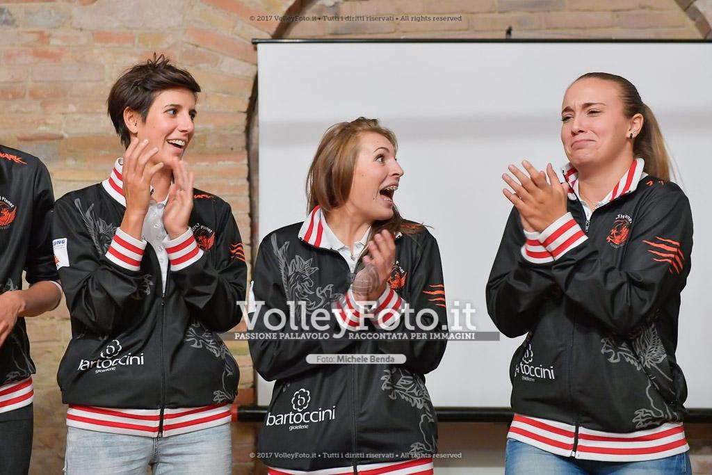 Giulia KOTLAR [7], Alice GIAMPIETRI [8], e Rebecca RIMOLDI [9]